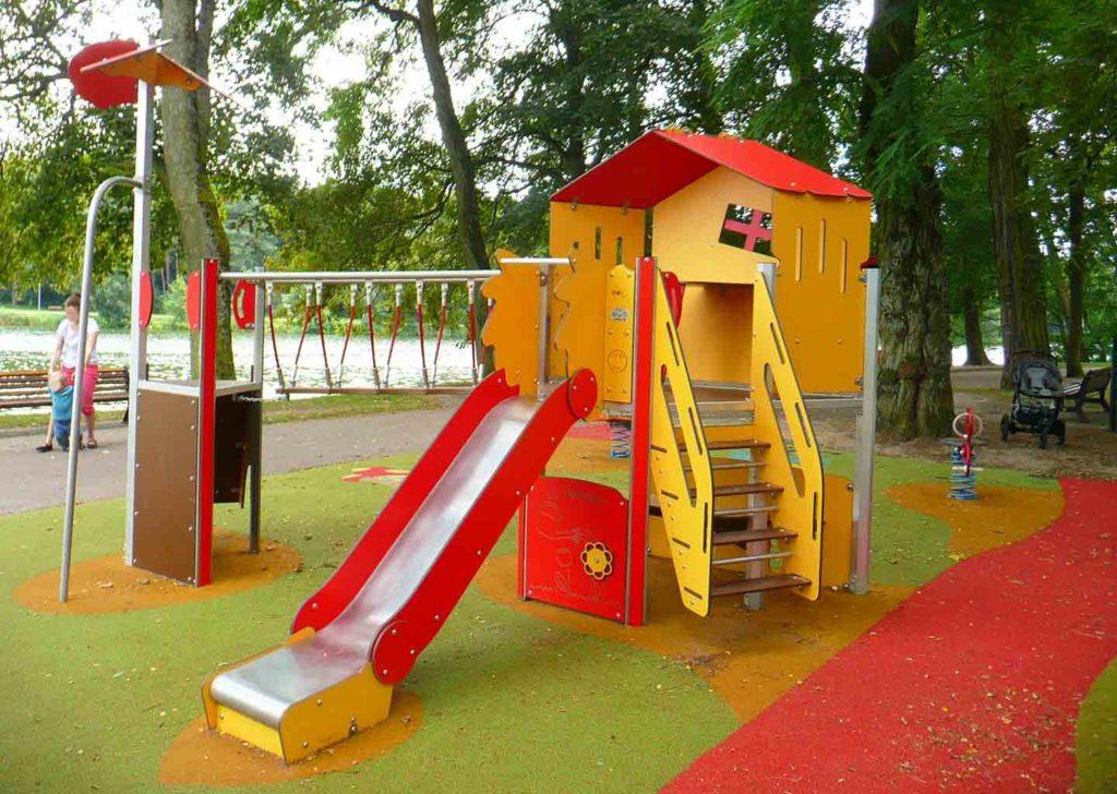57-aire-de-jeux-exterieur-parc